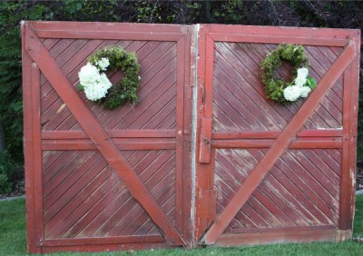Country red barn door backdrop available for rent