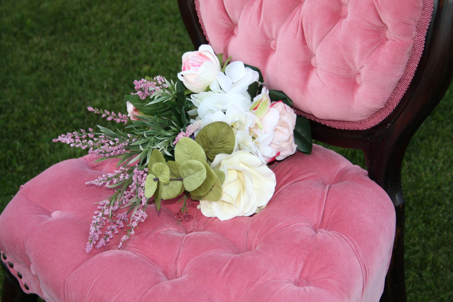 pink tufted antique chair for rent