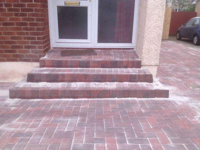 Monoblock Front Steps