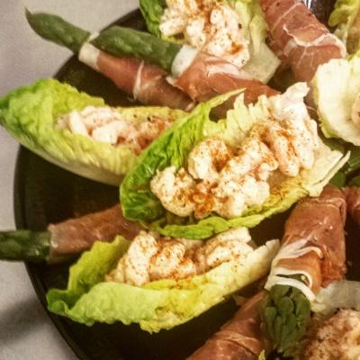 Prawns, asparagus, parma ham