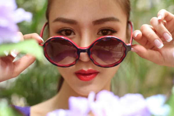 #TersesaChan  #sunglasses #Portrait #artists