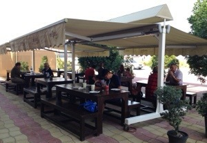 Resturents awnings, suppliers awnings, awnings suppliers in dubai, awnings manufacturers in dubai, awnings suppliers in dubai, dubai awnings suppliers, manufacturers retrectable awnings, patio awnigns, garden awnings, patio awnings, awnings patio for deck,
