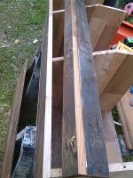 nest box  stay open hinge