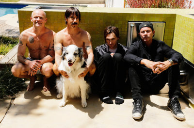 Red Hot Chili Peppers Add 27-Date Spring Leg to The Getaway World Tour