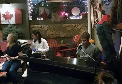 Justin Bieber Surprises Fans At A Pub