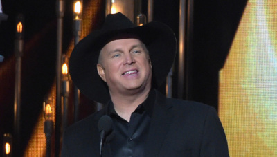Garth Brooks Joins The Voice