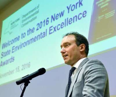 Yankees Win Environmental Award