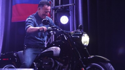 Billy Joel Takes the Blame for Bruce Springsteen's Broken Down Bike
