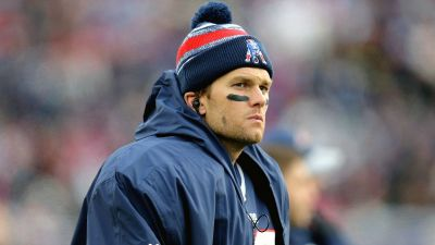 Tom Brady misses second straight Patriots practice with knee injury