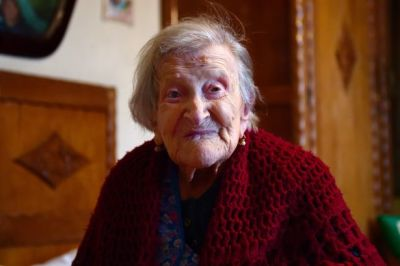 The World's Oldest Person Likes Brandy, Cookies and Eggs