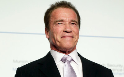 What Will Arnold's New Signature Line Be On Apprentice?