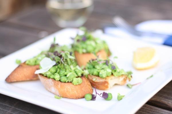 Seasonal Recipes: Brooke's Spring Pea & Mint Bruschetta