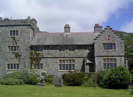 The Holiday Castle @ Plas Mynach