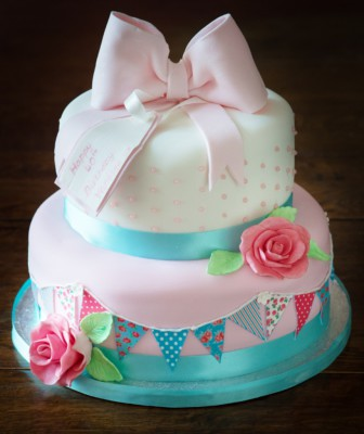 Shabby Chic Cake by NJL Creations