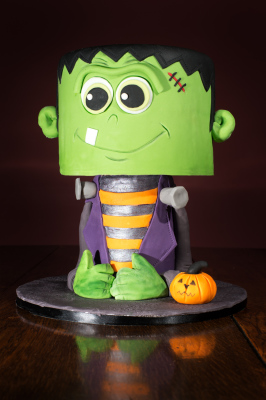 Frank Halloween Cake by NJL Creations