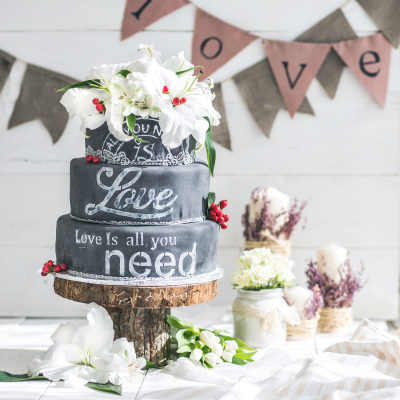 blackboard cake by NJL Creations