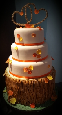 autumn leaves wedding cake by njl creations