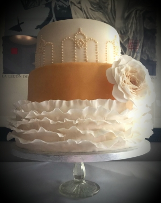 1920's glamour 3 tier wedding cake by njl creations