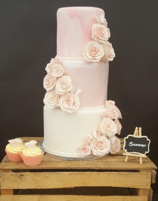 romantic marble tiered cake by njl creations