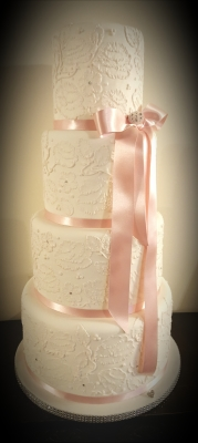 painted lace cake from £450