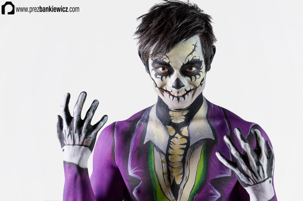 Skeleton Body Painting - Osric Chau