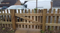 Sturdy picket fence gate