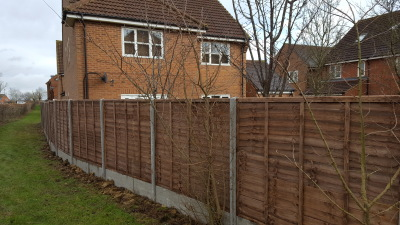 5ft lap panels.12 inch concrete gravel boards.8ft concrete slotted posts in milton keynes
