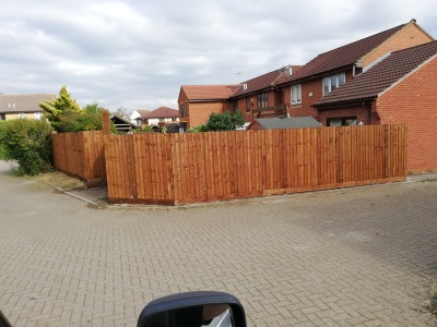 6ft close board fencing. milton keynes