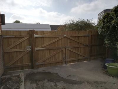 close board gates made on site, any size