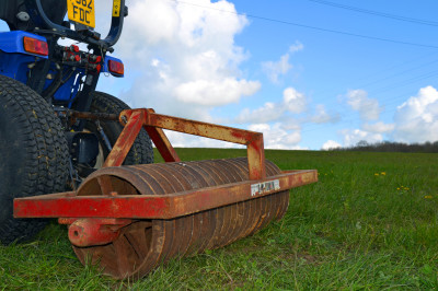 D.W.Tomlin Cambridge Roller, hire, machine hire, technical turf, Cambridge Roller, roller