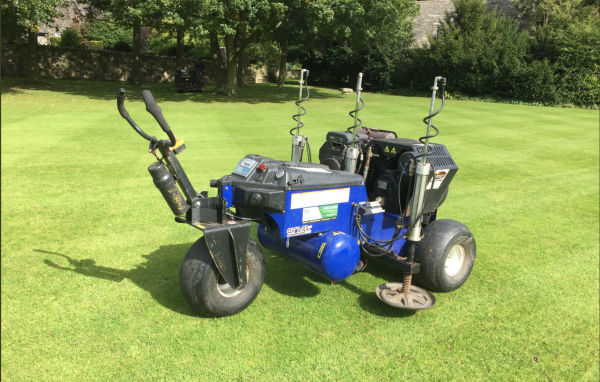 Air2g2 machine on a lawn