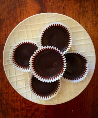 Chocolate Peanut Butter Cups (keto friendly)