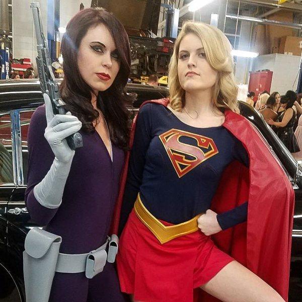 Super Girl and Talia al Ghul