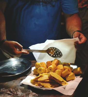 PRE-DINNER FOOD