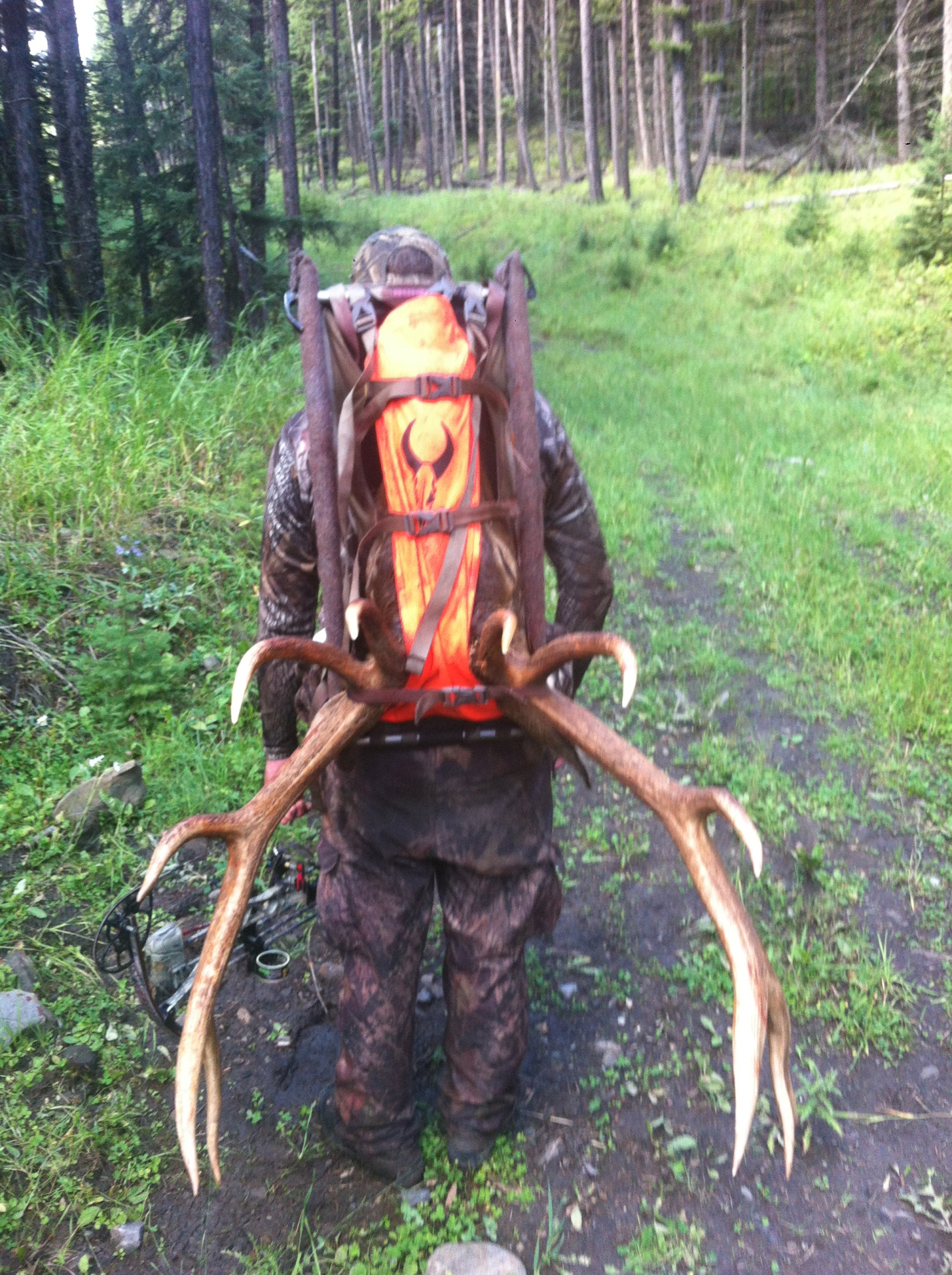Vinny packing out the last load from archery elk!