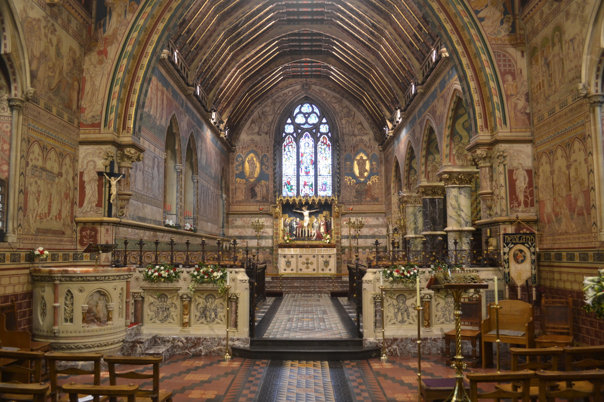 The pulpit, screen, gates and railings