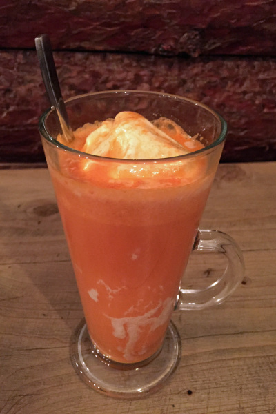 Ab e Havij (Carrot Juice with Ice cream)