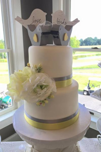 Wedding Cakes & Displays