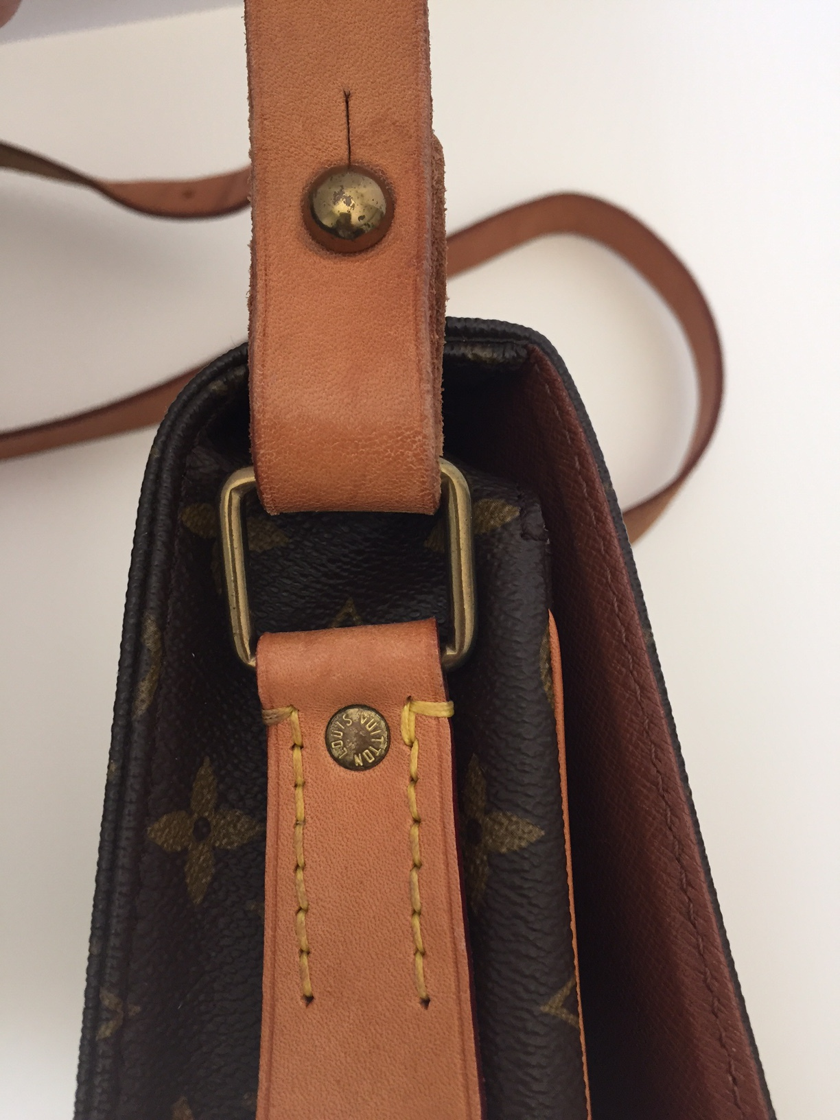 Louis Vuitton Preowned Cartouchiere- Monogram Canvas & Leather