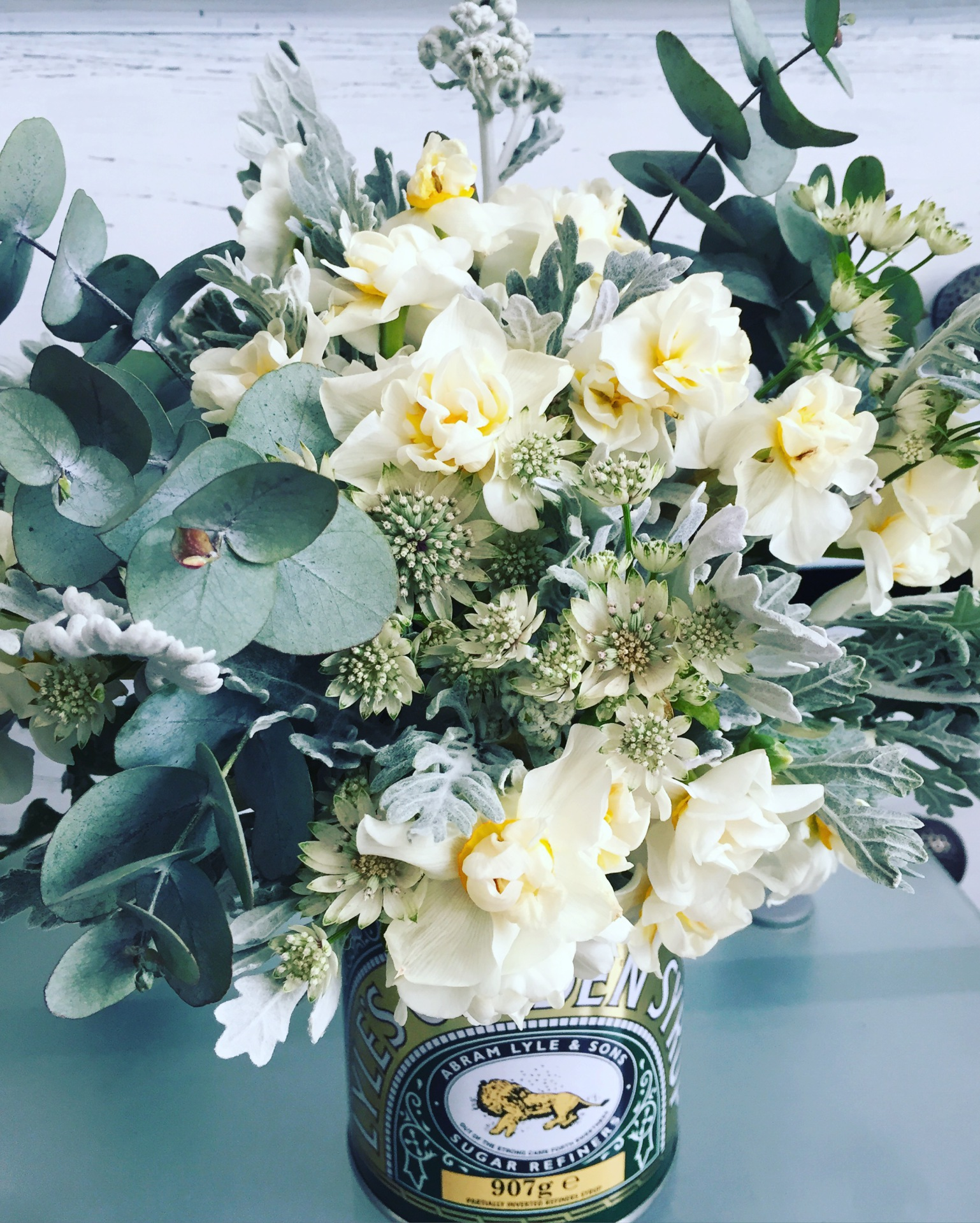 Golden syrup posy