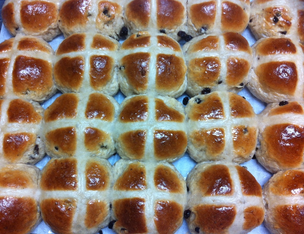 Hot cross buns, easter bun,