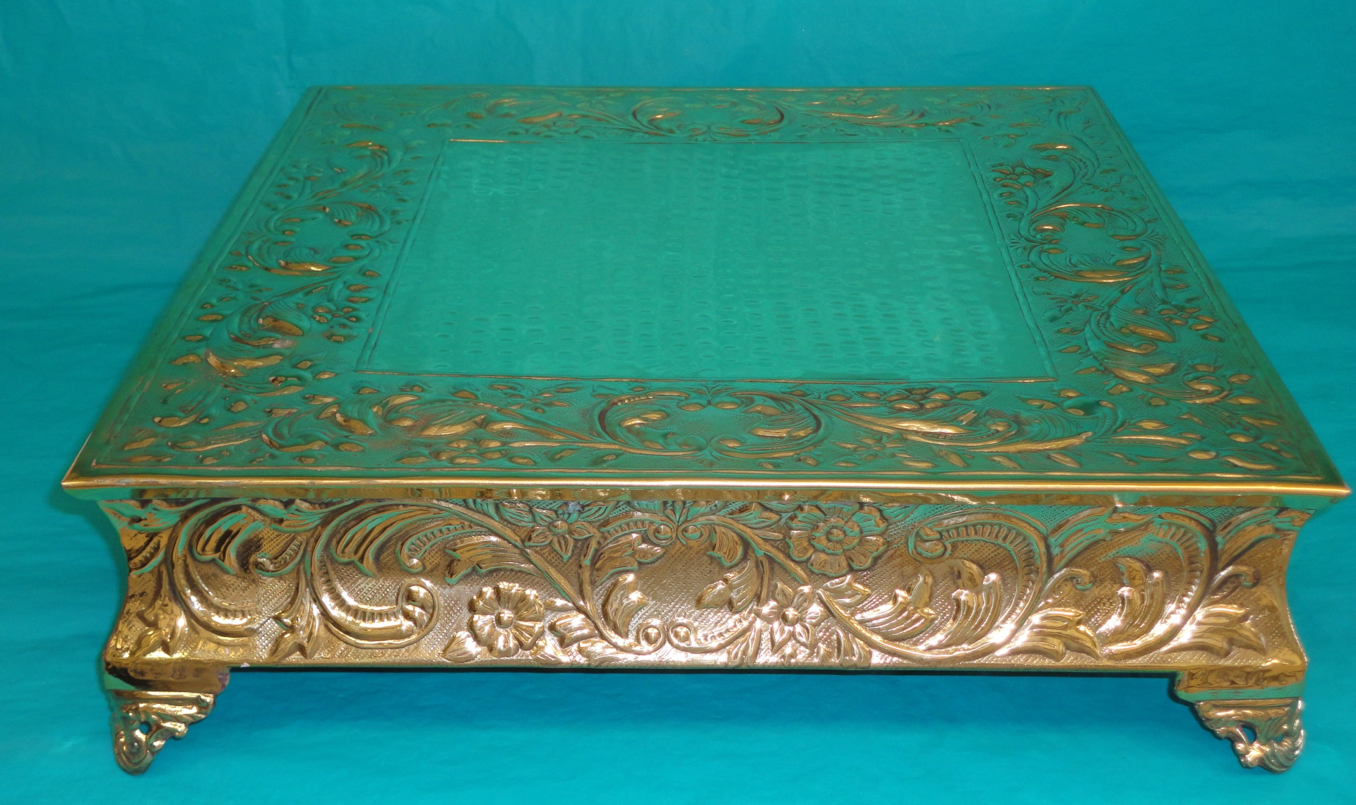 square gold cake stand