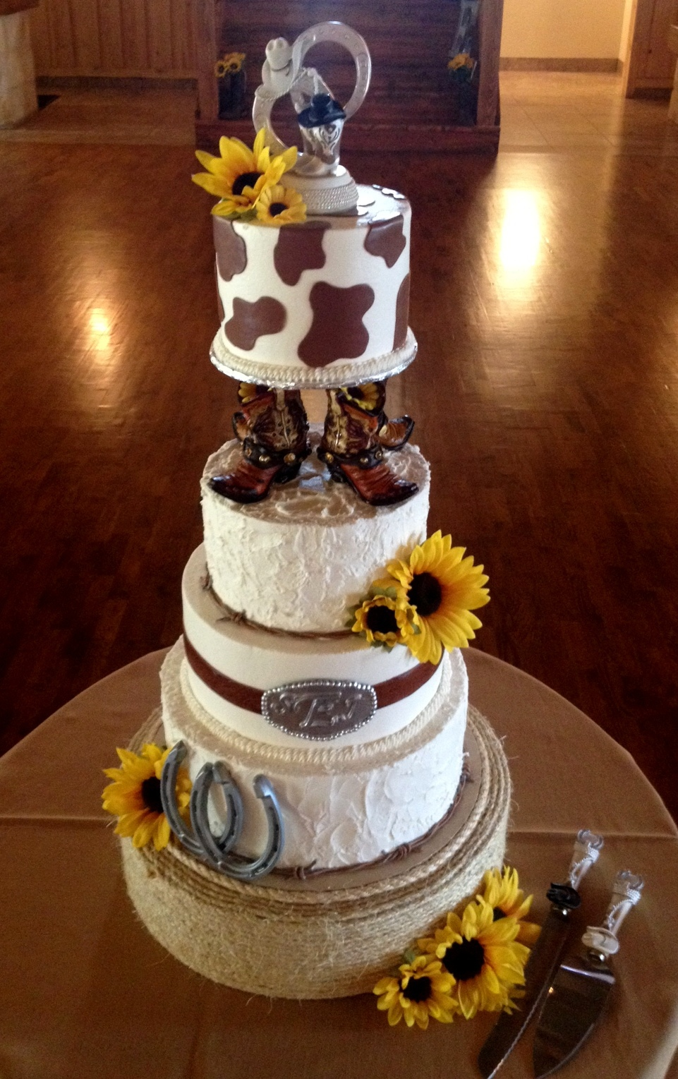 Rustic Country wedidng cake