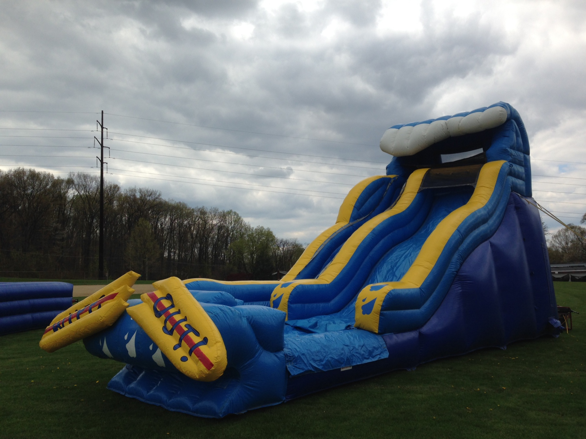 Inflatable Wipe Out Water Slide
