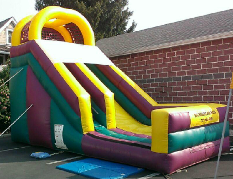 Inflatable 22' Giant Slide