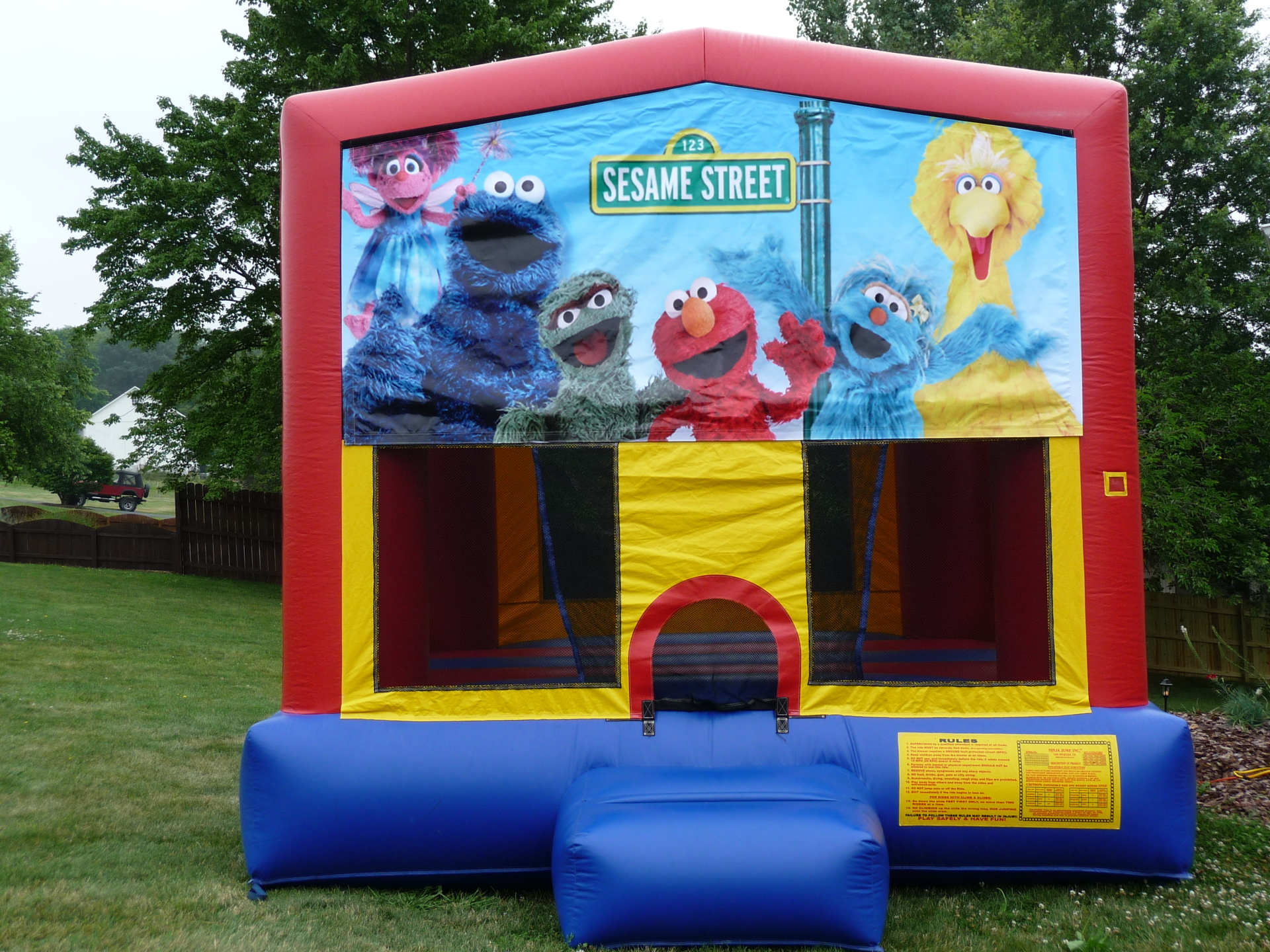 Inflatable Sesame Street Bounce House Jumper Castle