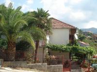 Pogled na kuću iz pravca Kragujevačkog odmarališta
