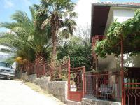 Apartmani Olivera - ulaz