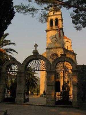 Manastir Savina