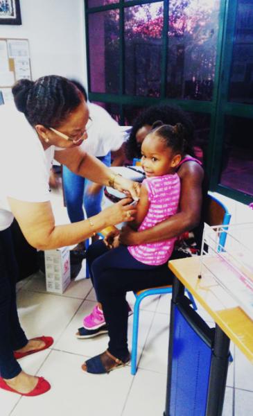 Campagne de vaccination contre la rougeole et la rubéole
